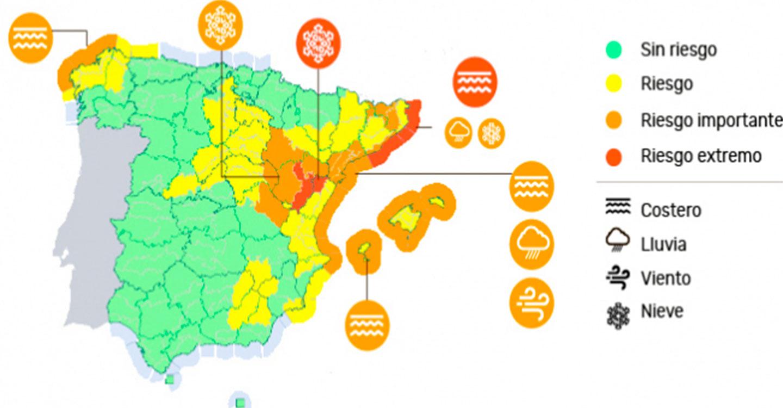 Protección Civil y Emergencias recomienda extremar las precauciones por las consecuencias de la borrasca 'Gloria' en el este peninsular y Baleares donde se  mantiene la alerta por fuertes nevadas, lluvias intensas y temporal de viento