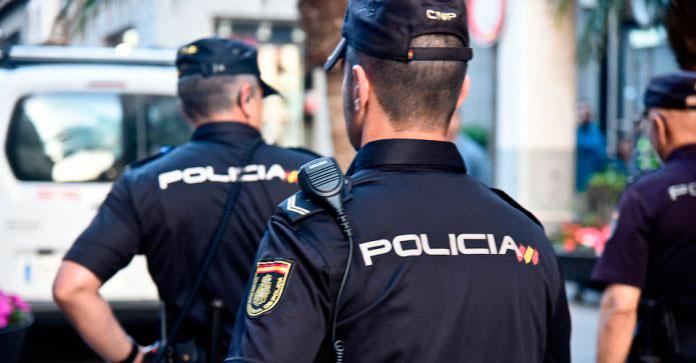 La Policía Nacional recuerda las cinco pautas para evitar fraudes y estafas durante las transacciones online en el Black Friday