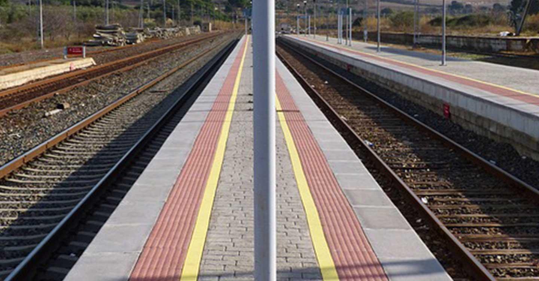 Adif licita el estudio de alternativas y el proyecto constructivo de pasos entre andenes en un total de 58 estaciones