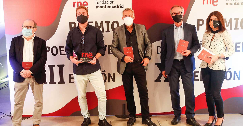 Antonio Díaz Mola recoge el XII Premio Poesía Joven RNE y Fundación Montemadrid