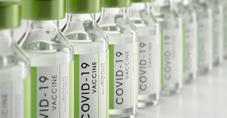 El Consejo General reclama al Ministerio de Sanidad que complete con urgencia la inmunización del personal de farmacias