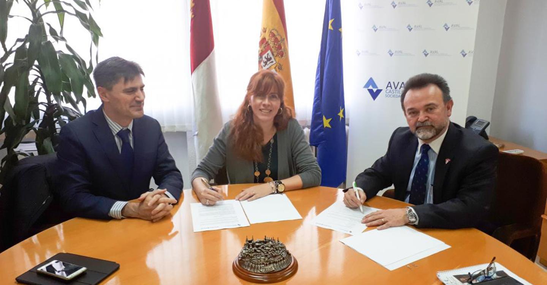 Aval Castilla-La Mancha firma un convenio de colaboración con la entidad financiera Triodos Bank