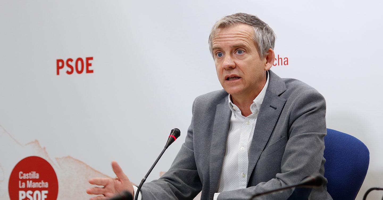 Contreras recalca el esfuerzo de consolidación de empleo sanitario del Gobierno de Page frente a los despidos del PP