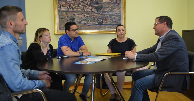 La Diputación de Toledo muestra su apoyo a las familias de los niños y niñas con enfermedades raras
