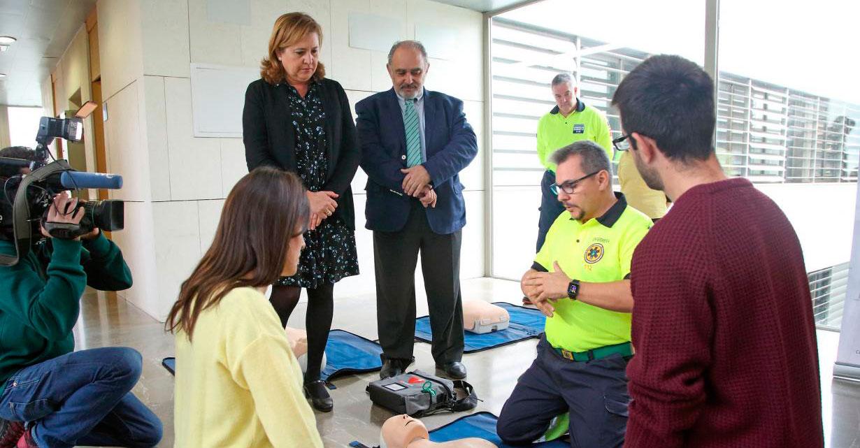 El Gobierno regional ha llevado a 900 centros de la región formación en materia de reanimación cardiopulmonar