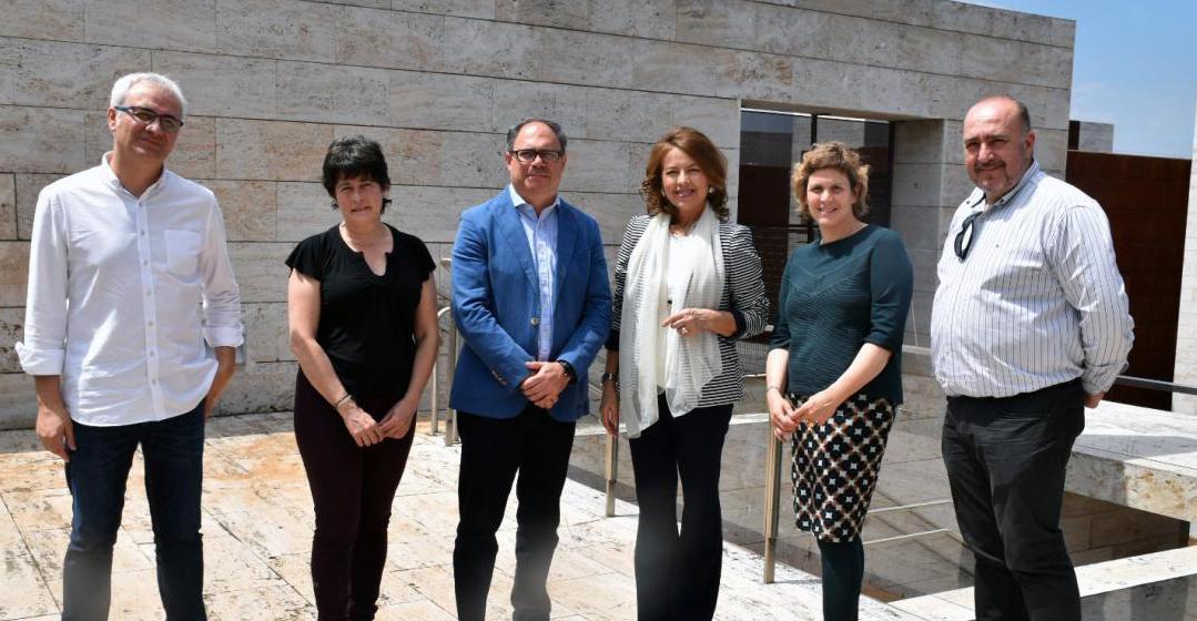 El Gobierno de Castilla-La Mancha y la Obra Social 'laCaixa' fomentan el voluntariado de 500 mayores de la región