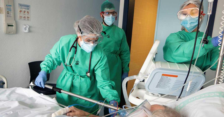 El Gobierno de Castilla-La Mancha, a través de la Dirección General de Salud Pública, ha confirmado 253 nuevos casos por infección de coronavirus durante el fin de semana.