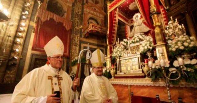 García-Page traslada su enhorabuena al nuevo Arzobispo de Toledo y agradece la labor de su predecesor en la sede primada de España