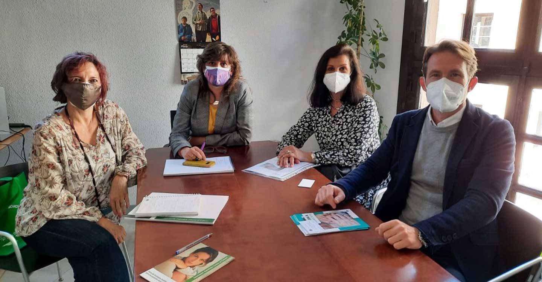 El Ayuntamiento de Toledo mantiene una reunión con la Asociación Española Contra el Cáncer (AECC) para estrechar la colaboración