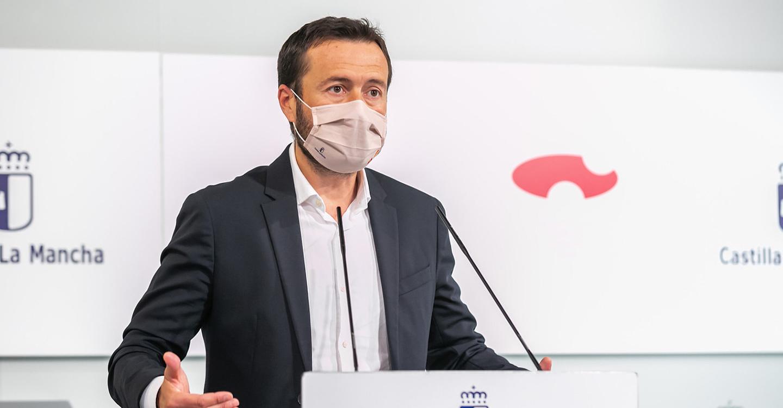 El Gobierno de Castilla-La Mancha aprueba un gasto de más de un millón de euros para mejorar la actual campaña de incendios forestales con 21 nuevos ingenieros y 20.680 nuevos EPI