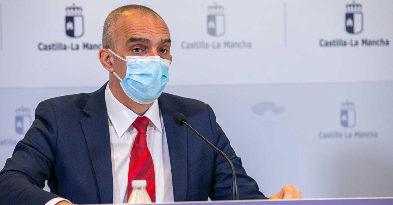 Castilla-La Mancha pone a disposición de la ciudadanía dos canales de información para solucionar todas las dudas que surgen en torno a la implementación de la Estrategia de vacunación contra el COVID-19