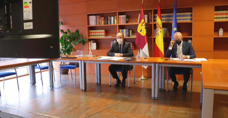 En Castilla-La Mancha todas las semanas se ha vacunado en primeras dosis contra la COVID-19 y se han asegurado las segundas dosis de las personas vacunadas