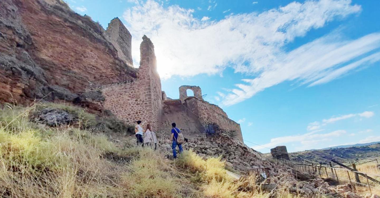 El Gobierno de Castilla-La Mancha trabaja para que la entrada al castillo de Zorita de los Canes recupere la accesibilidad en el menor espacio de tiempo
