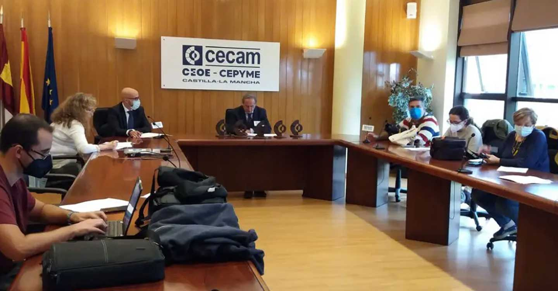 """Los """"Premios Empresariales CECAM"""" destacan el papel del colectivo como motor de la economía"""
