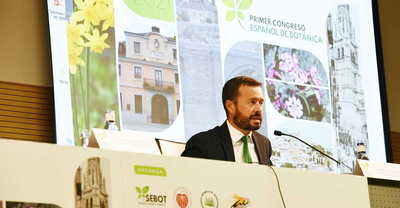 José Luis Escudero inaugura el I Congreso Español de Botánica.
