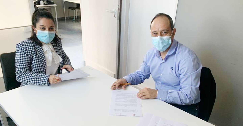 Irene Rodríguez Gómez y Fran J. Alarcón Saguar firman un Convenio de Colaboración para la realización conjunta de acciones encaminadas a la mejora en la enseñanza, desarrollo y gestión de actividades físico-deportivas de los ciudadanos de Castilla-La Mancha