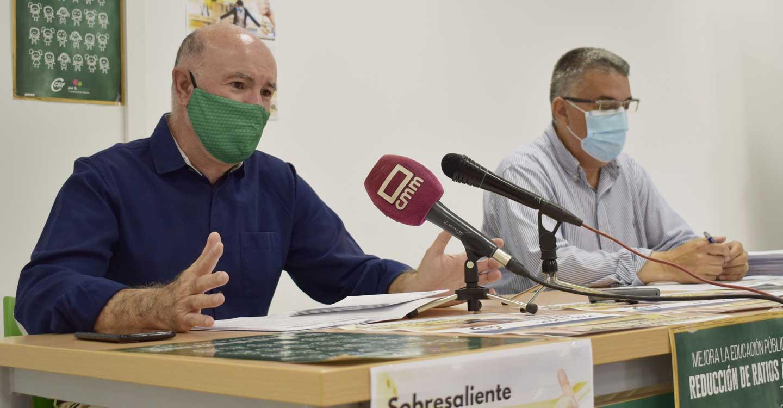 CSIF suspende a la Administración y pone un sobresaliente a los docentes
