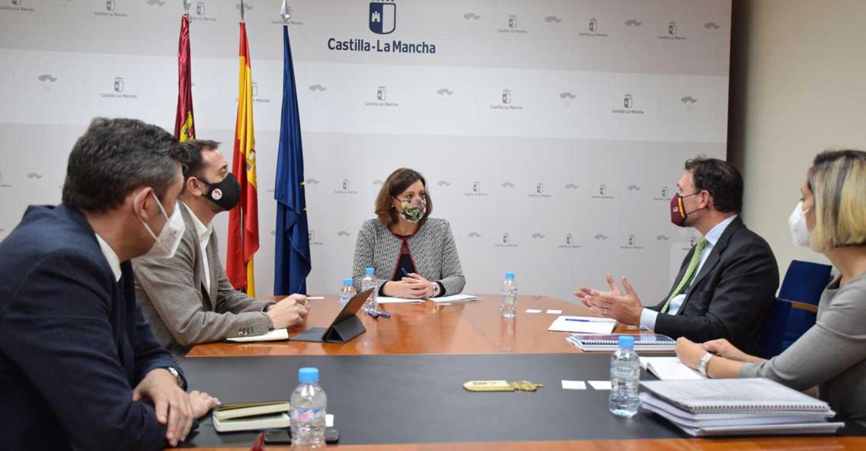 El Gobierno de Castilla-La Mancha destaca su compromiso con el desarrollo de las energías renovables y el crecimiento sostenible de la región
