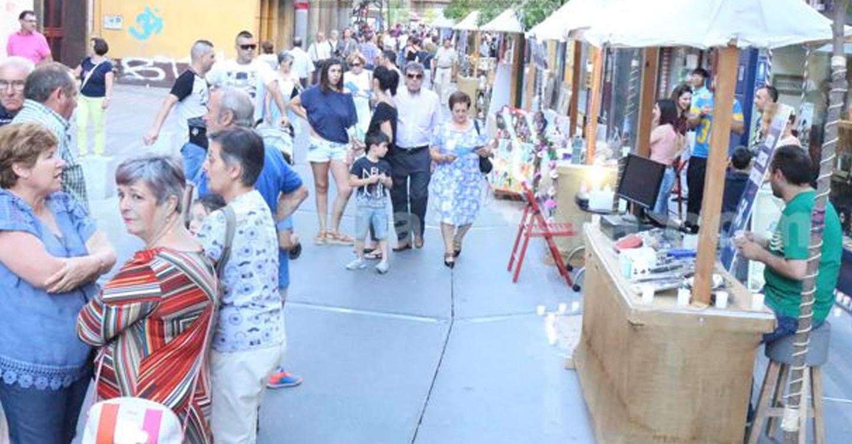 El próximo sábado 6 de Julio, la Asociación de comerciantes de la calle Corredera del Cristo, celebrará la 3º edición del Mercado de la Luz y la I feria de Participación ciudadana