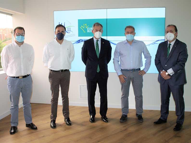Eurocaja Rural recibe la visita de la Comunidad de Usuarios Mancha Occidental II