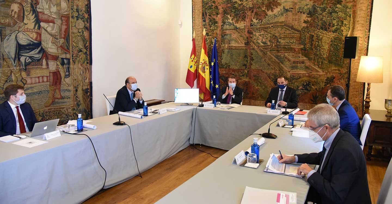 """García-Page defiende el diseño de infraestructuras del Gobierno de España que promueven """"la cohesión territorial"""""""