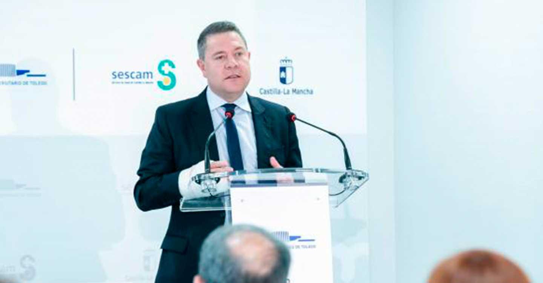 """García-Page anuncia la puesta en marcha del sistema de citación online para avanzar de manera """"eficaz y útil"""" en el proceso de vacunación para mayores de 20 años"""