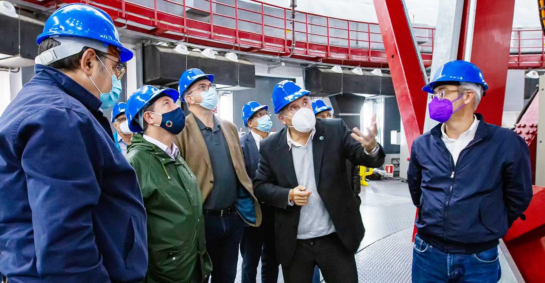García-Page conoce el trabajo del Gran Telescopio Canarias (GTC) dentro del proyecto StarLight que impulsa el Gobierno de Castilla-La Mancha