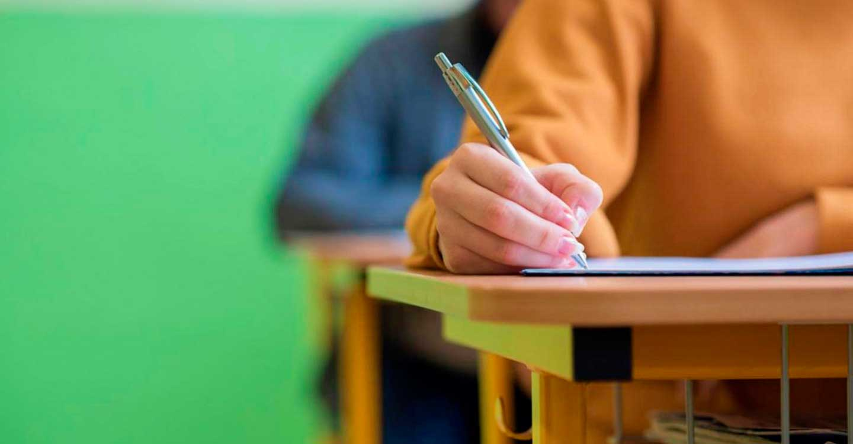 El Gobierno de Castilla-La Mancha convoca el proceso de admisión en centros de adultos e institutos de Secundaria que imparten Bachillerato para personas adultas
