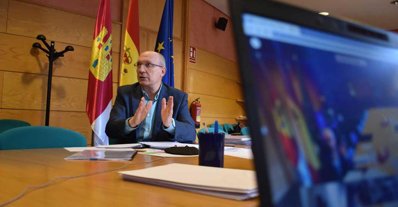 El Gobierno de Castilla-La Mancha invita a las diputaciones a sumarse a una agenda común que aúne las medidas contra la despoblación