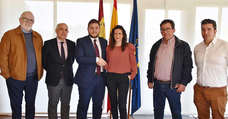 El Gobierno regional acondicionará dentro de tres meses la CM-3202 entre las localidades ciudadrealeñas Villanueva de la Fuente y Albaladejo