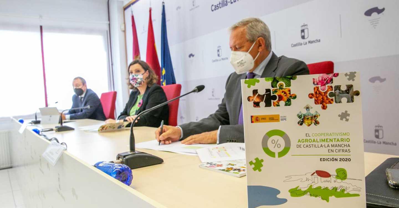 El Gobierno de Castilla-La Mancha incluirá a los sectores del vino y la cerveza en los CNAE beneficiarios de las ayudas por las pérdidas derivadas del COVID