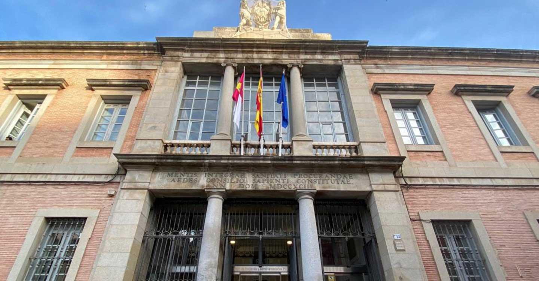 El Gobierno de Castilla-La Mancha y la UCLM acuerdan que estudiantes del I Master Universitario en Auditoria Pública desarrollen sus prácticas en la Junta