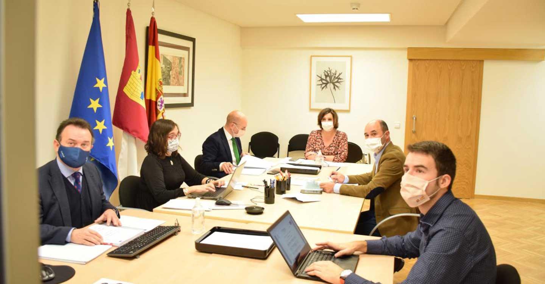 El Gobierno regional activa una línea de créditos de cinco millones de euros para autónomos y pymes dirigida especialmente a los sectores más afectados por el COVID