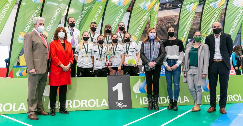 El Gobierno regional asegura que Carolina Marín es todo un ejemplo para los jóvenes y el deporte femenino de nuestro país y de nuestra región