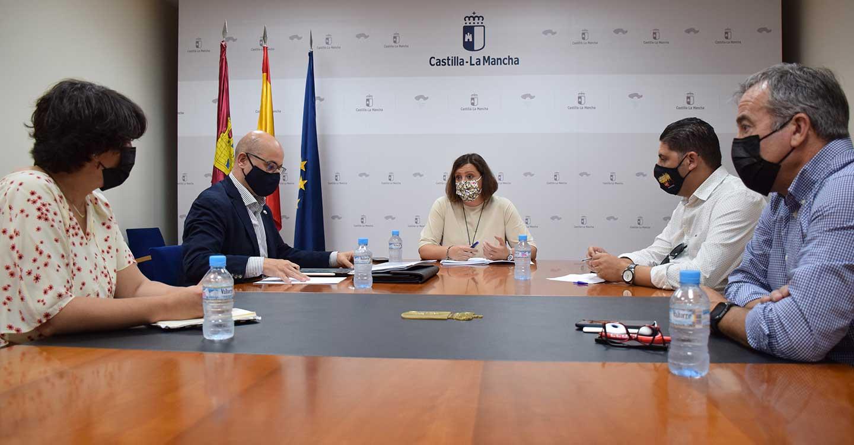 El Gobierno de Castilla-La Mancha y los sindicatos CCOO y UGT trabajan de manera conjunta para devolver la actividad industrial a la planta de Siemens en Cuenca