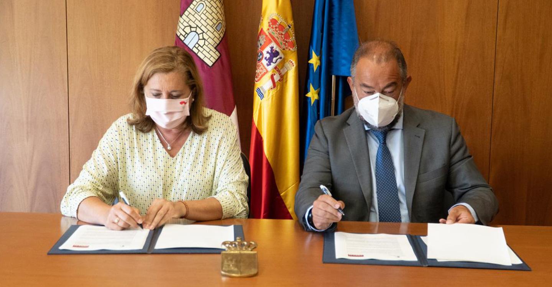 El Gobierno de Castilla-La Mancha y la UCLM firman un acuerdo de colaboración para el fomento de actividades-servicio y de la investigación en centros educativos