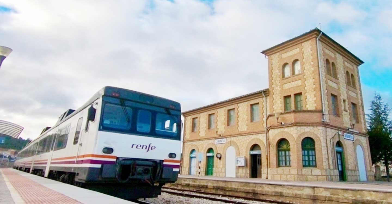 IU C-LM rechaza la propuesta de la CEOE Cuenca de desaparición del tren convencional