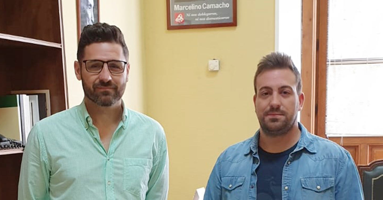 Jaime Ortiz, Coordinador Local de IU Consuegra, visita la Diputación Provincial de Toledo.