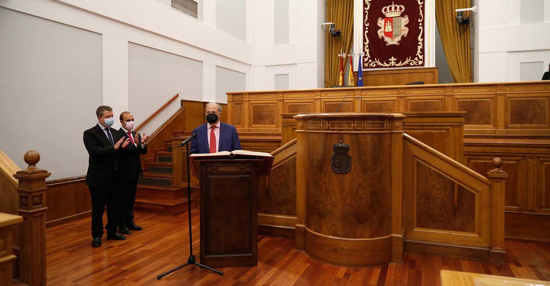 Javier de Irizar toma posesión como presidente del Consejo Consultivo de Castilla-La Mancha