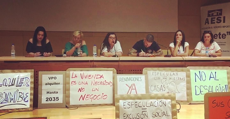 Los vecinos afectados por la venta de sus viviendas de VPO en el Señorío de Illescas a un fondo