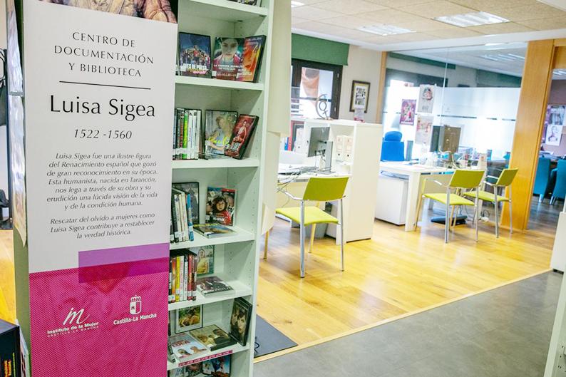 El Gobierno de Castilla-La Mancha anima a disfrutar de los más de 12.000 documentos del fondo documental 'Luisa Sigea'