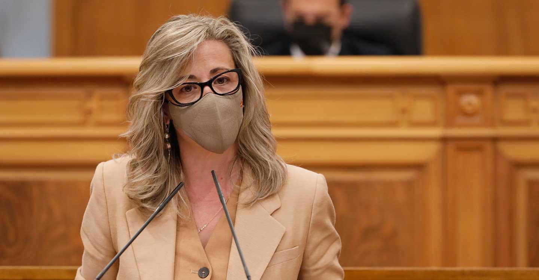 Merino exige a Page que salga del Palacio de Fuensalida y 'pise el campo' para comprobar que los daños provocados por los conejos necesitan medidas urgentes