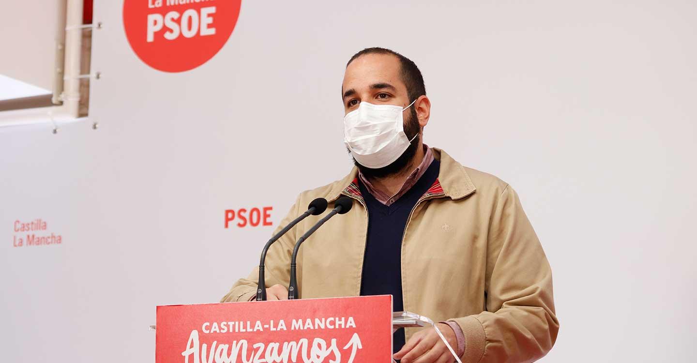"""González: """"Mientras que los gobiernos socialistas apoyan a autónomos y pymes, el PP sigue siendo el partido de los recortes y el copia y pega"""""""
