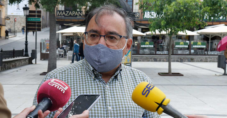 Mora destaca que el 40 % de la población estará vacunada a finales de abril en CLM: