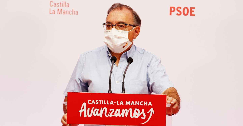 """Mora reta a Núñez a dejarse de """"evasivas"""" y pronunciarse sobre la vacunación y la defensa del agua para CLM"""