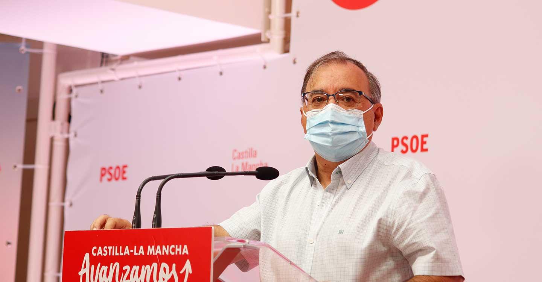 """Mora destaca el éxito del proceso de vacunación en CLM e insta a Núñez a """"reconocer sus errores"""""""
