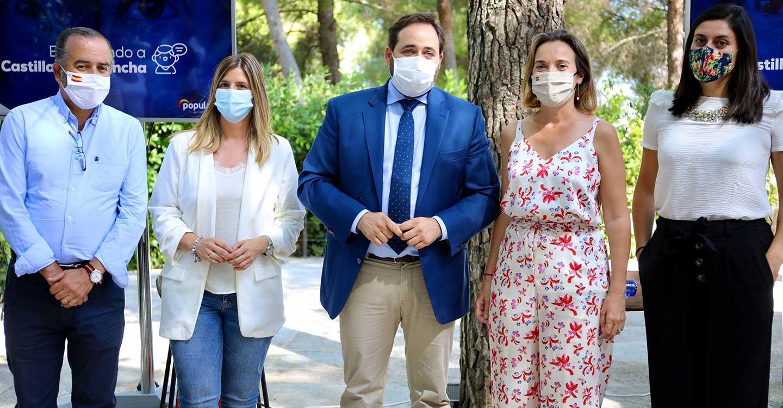 Núñez incide en que el PP-CLM ya está en la calle escuchando a los colectivos para hacer `nuestras´ todas y cada una de sus propuestas