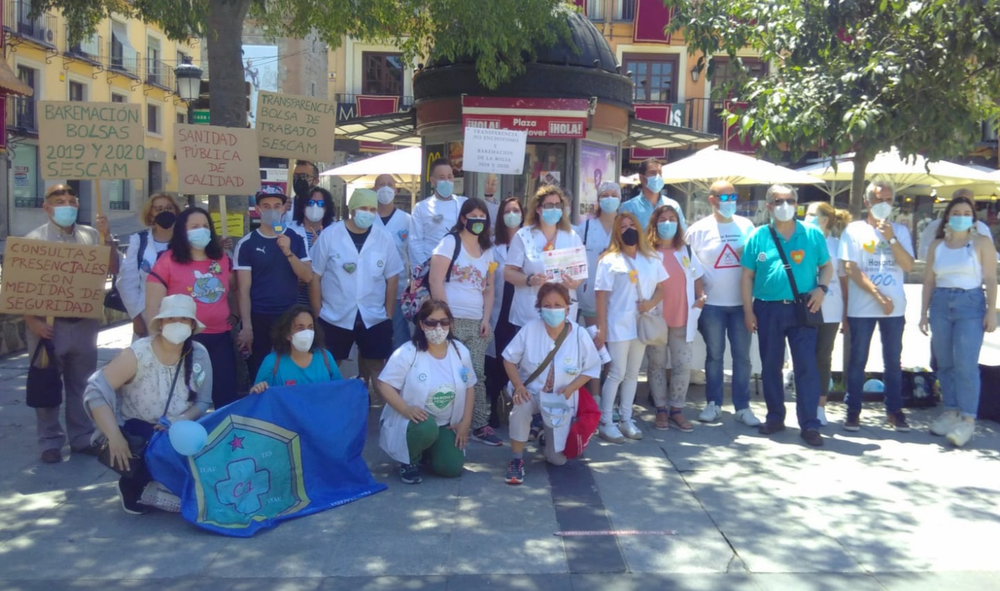 La manifestación de la Plataforma de Afectados por la Bolsa y Usuarios del Sescam consiguió la unión de todos los colectivos participantes en defensa de la sanidad pública de Castilla-La Mancha