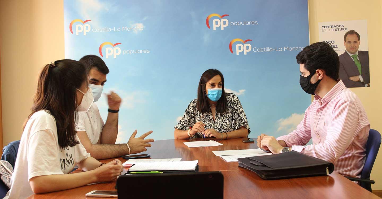 La Plataforma de la Juventud C-LM solicita al Pleno de las Cortes de Castilla-La Mancha la creación de un espacio de juventud regional