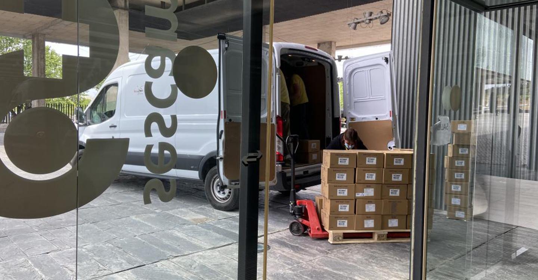 El Gobierno de Castilla-La Mancha ha distribuido esta semana una nueva remesa con más de 211.000 artículos de protección